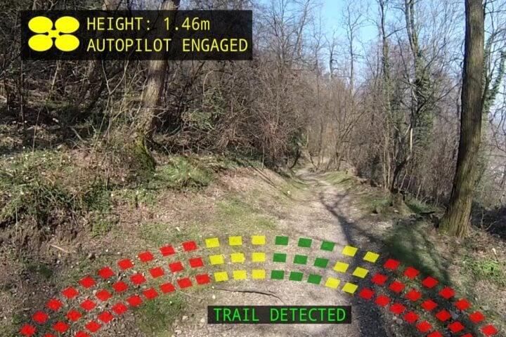В Швейцарии создан дрон, способный искать в лесу заблудившихся людей