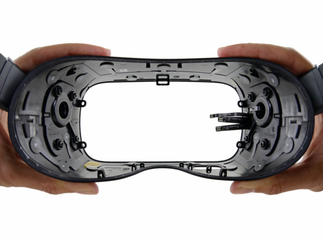 Oculus Rift Teardown 17