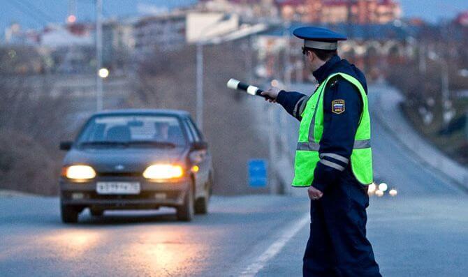 Полиция сможет отключать двигатели автомобилей дистанционно