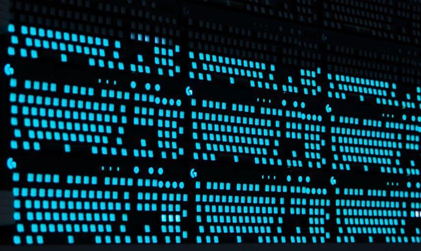 Компания Logitech собрала дисплей из геймерских клавиатур