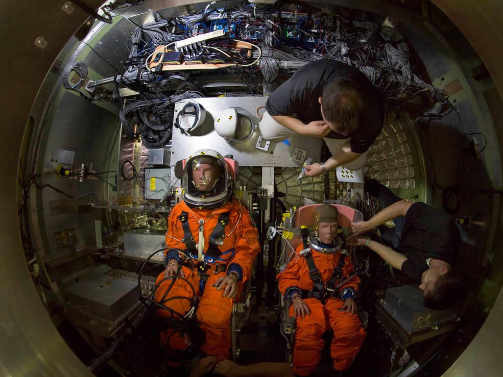 Як в NASA проводять краш-тест космічного корабля Orion