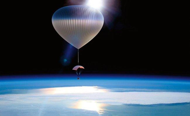 Китайцы начнут запускать в космос парашютистов-воздухоплавателей