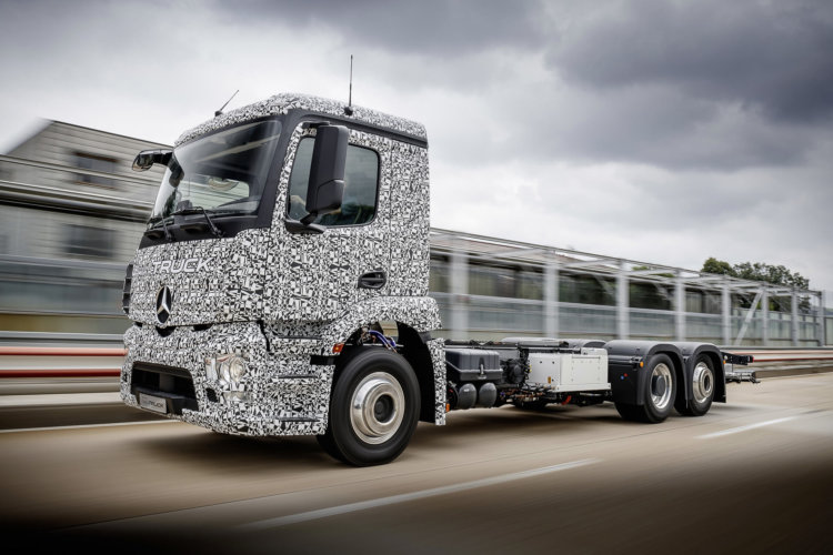 mercedes-benz-urban-etruck-concept_100559237_h