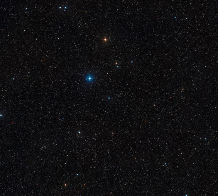 triple-star-system-5