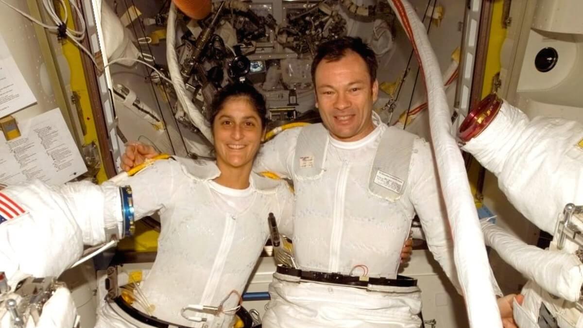 Занимались ли космонавты сексом в космасе спасибо
