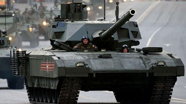Российская военная техника станет неуязвимой для электромагнитного оружия