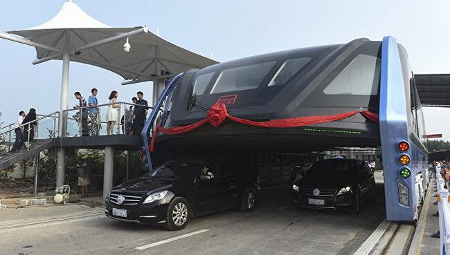 Китайцы на днях завершили испытания портального автобуса TEB-1