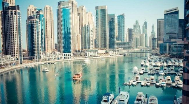 В Дубае построят HYPERLOOP