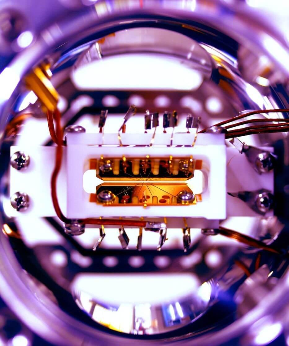 Создан первый перепрограммируемый квантовый компьютер