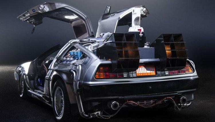 Полиция задержала водителя DeLorean, разогнавшегося до 89 миль в час