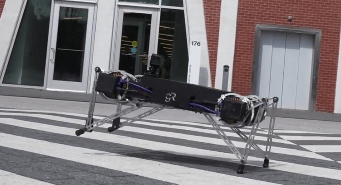 GHOST ROBOTICS ����� ��������� �������-����������