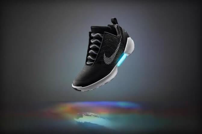 Самошнурующиеся кроссовки скоро поступят в продажу
