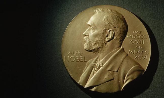 """Нобелевскую премию по химии получили создатели """"молекулярных машин"""""""