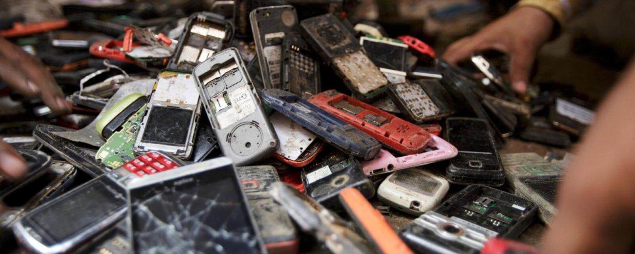 В вашем старом телефоне полно драгоценных металлов