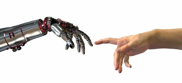 """Российские ученые создадют космического робота с """"человеческими"""" руками"""