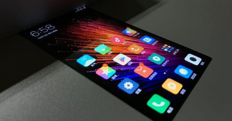 Вweb-сети замечен гибкий смартфон Xiaomi