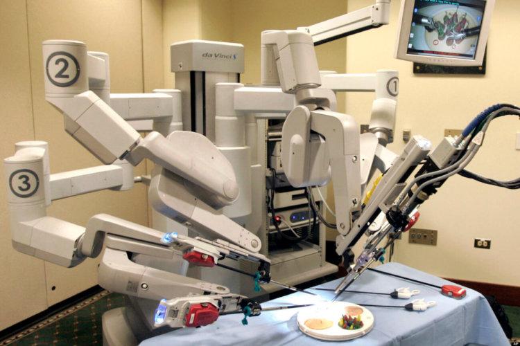Так ли безопасны роботы-хирурги?
