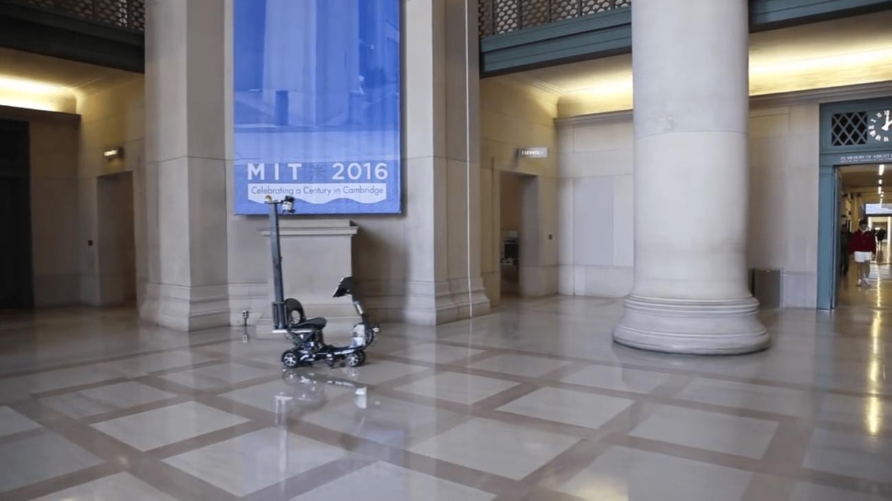 В MIT сделали автопилот для кресла на колёсиках