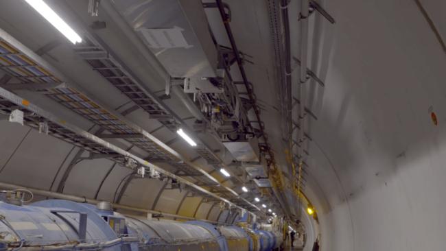 В Большой адронный коллайдер «поселили» робота-инспектора (+видео)