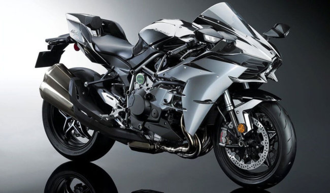 Kawasaki работает над искусственным интеллектом для своих мотоциклов