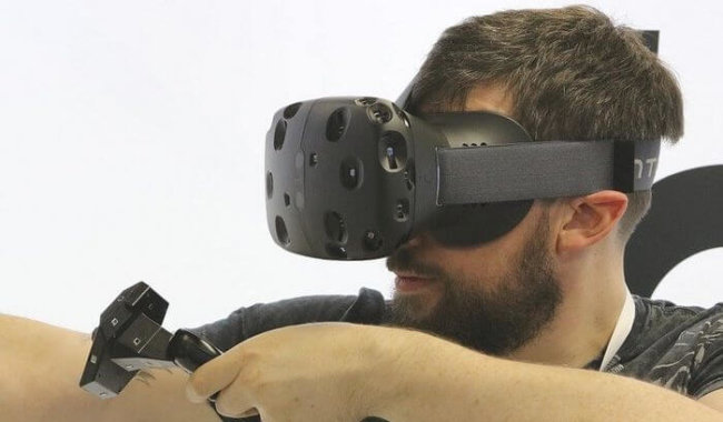 Инженеры HTC уже работают над второй версией VR-гарнитуры Vive