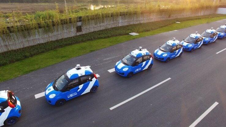 Китайская компания Baidu провела публичные испытания беспилотных авто