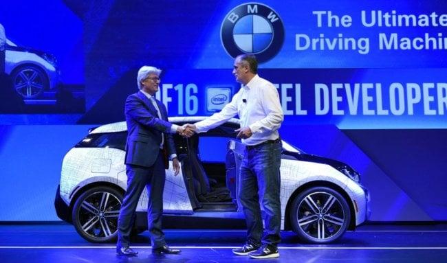 Компания Intel всерьёз занялась разработкой беспилотных автомобилей