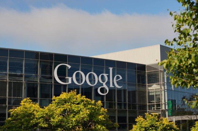 В следующем году Google полностью перейдет на возобновляемую энергию