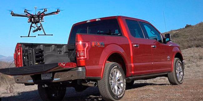 В Ford планируют использовать дроны для помощи беспилотным авто