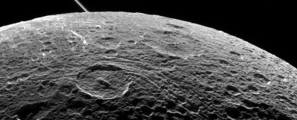 Китай собирается осуществить мягкую посадку на обратной стороне Луны