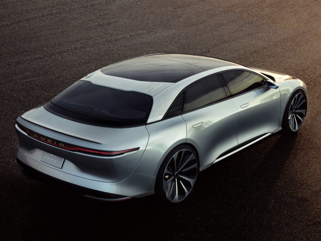 Компания Lucid Motors представила роскошный электрический седан Air