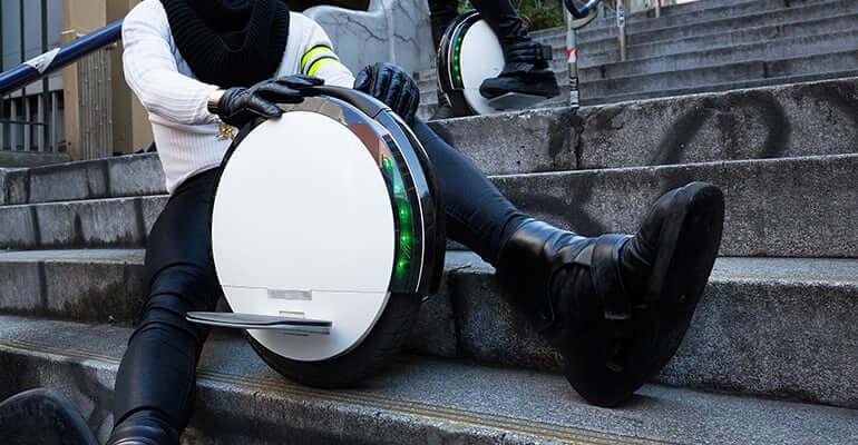 Segway представила новый гироскутер One S1 с одним колесом