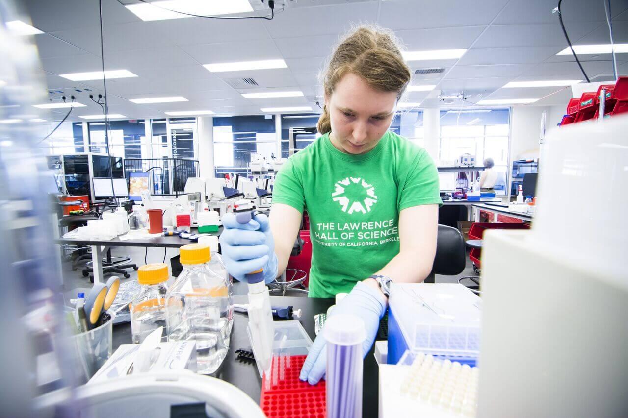 Робототехническая революция  дошла до технической биологии