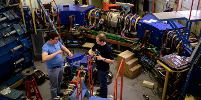 Новосибирские физики построят коллайдер