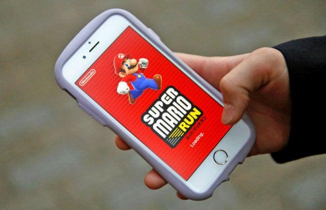 Никто не желает покупать Super Mario Run