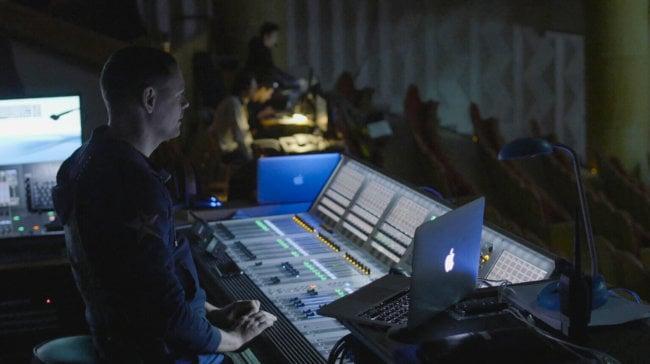 Взгляд изнутри: из чего сделан 3D-шоу-мюзикл #ДЖУМЕО