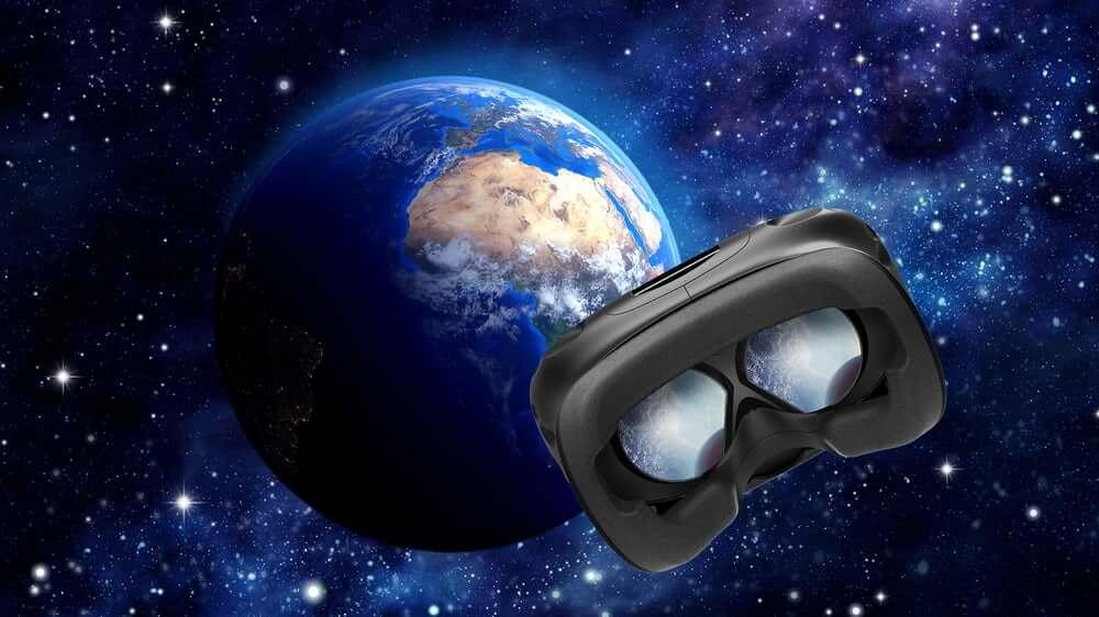 Компания HTC запустит на орбиту первый в истории VR-спутник