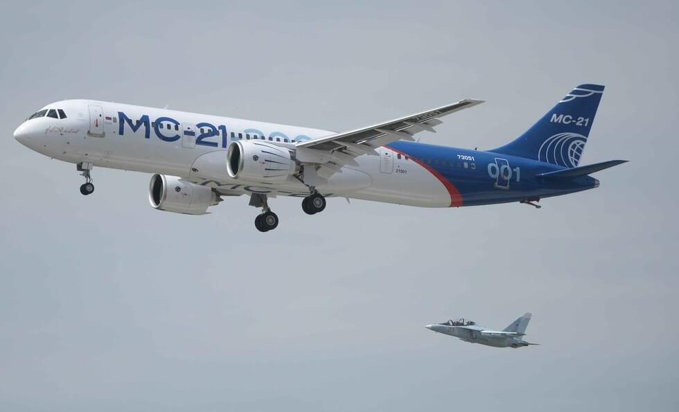 Самолет МС-21 совершил 1-ый полет