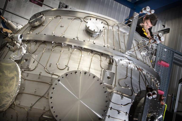 У Великобританії успішно запустили експериментальний термоядерний реактор