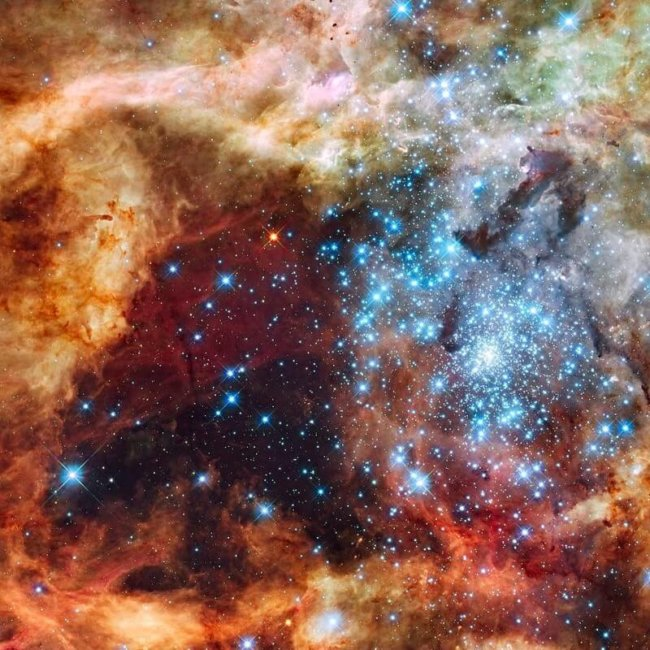 0 FWyt36A6vWsPkJ4O  650x650 - Сколько во Вселенной черных дыр?