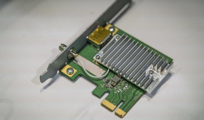 e3 intel wigig vr 14 100725935 orig 650x384 - HTC продемонстрировала беспроводную версию VR-гарнитуры Vive