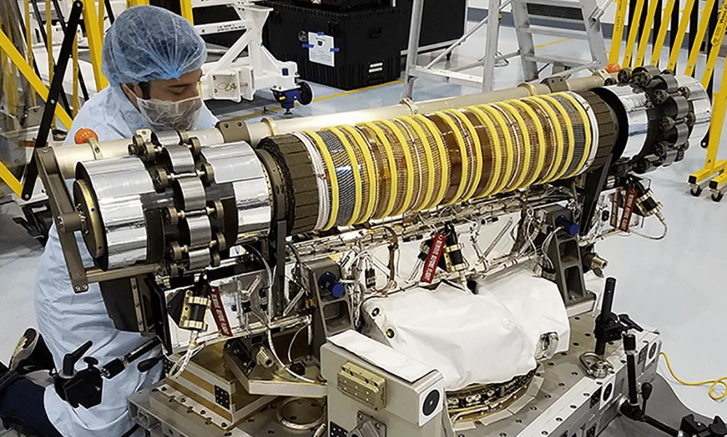НаМКС начались тестирования панели солнечных батарей ROSA