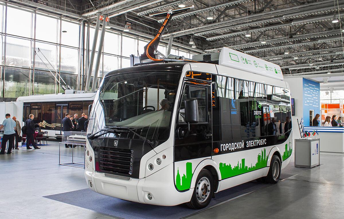 С 2020 года москвичей начнут пересаживать на общественный электротранспорт