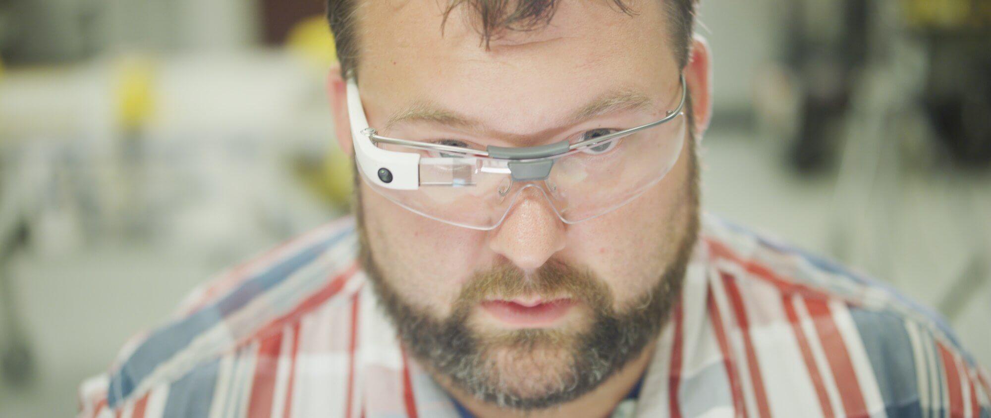 Google Glass 2.0: захватывающая попытка номер два