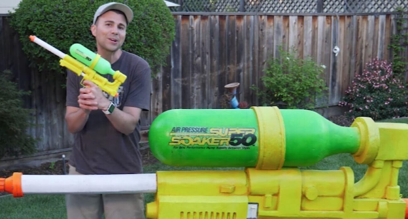 #видео   Бывший инженер NASA собрал самый мощный водяной пистолет