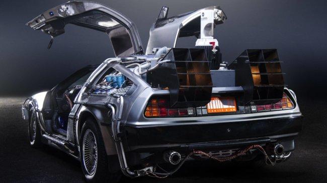 DeLorean выпустит летающую версию автомобиля из«Назад вбудущее»