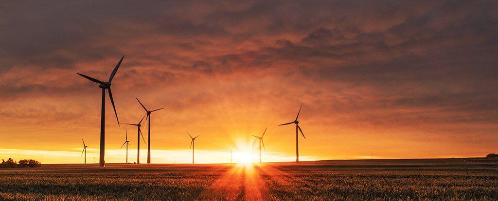 Почти весь мир может перейти на возобновляемые источники энергии к 2050 году (2 фото)