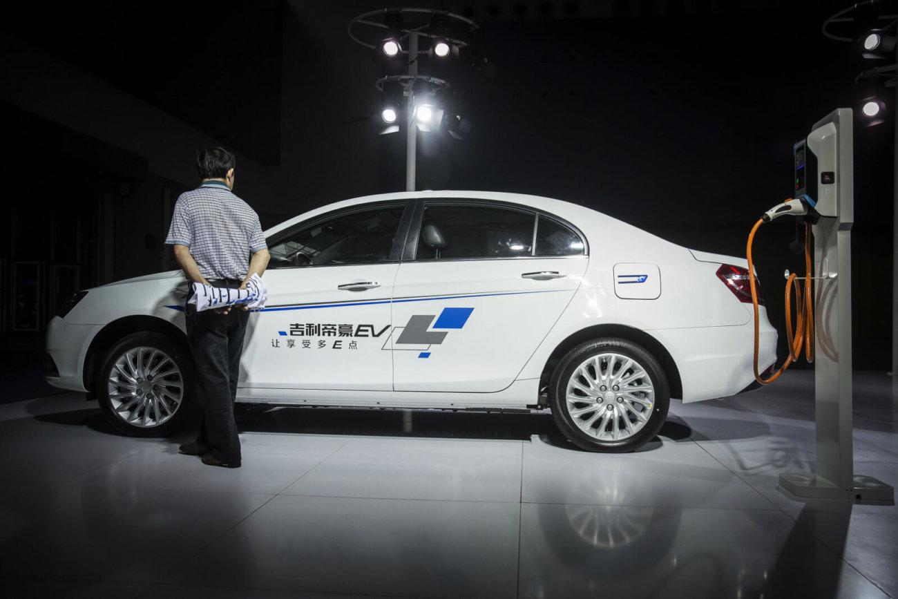 В Китае обсуждают полный переход на электромобили