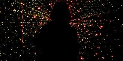 Гравитацию могут создавать странные вспышки в квантовом мире
