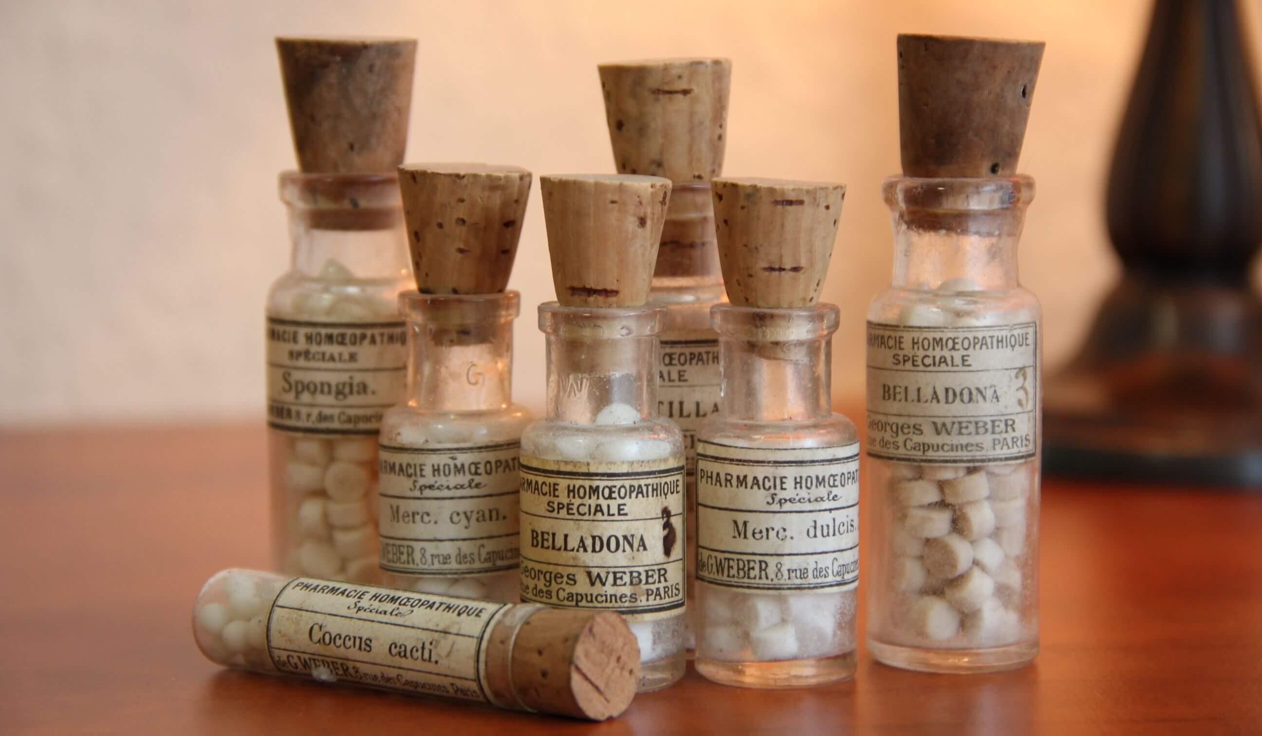 Не может быть двух разных медицин: учёные продолжают борьбу с гомеопатией